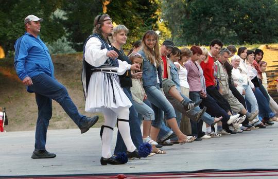 Tartu tantsuklubi_kreeka tantsud_08.04.15.jpg
