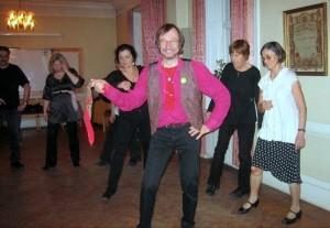 Christer_Selin_balkani_tantse_opetamas_2011