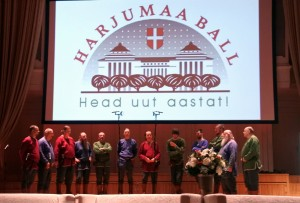 Arhailise meestelaulu ansambel Lüü-Türr Estona kontserdisaalis Harjumaa ballil laulmas 30122017 foto Eve Saare
