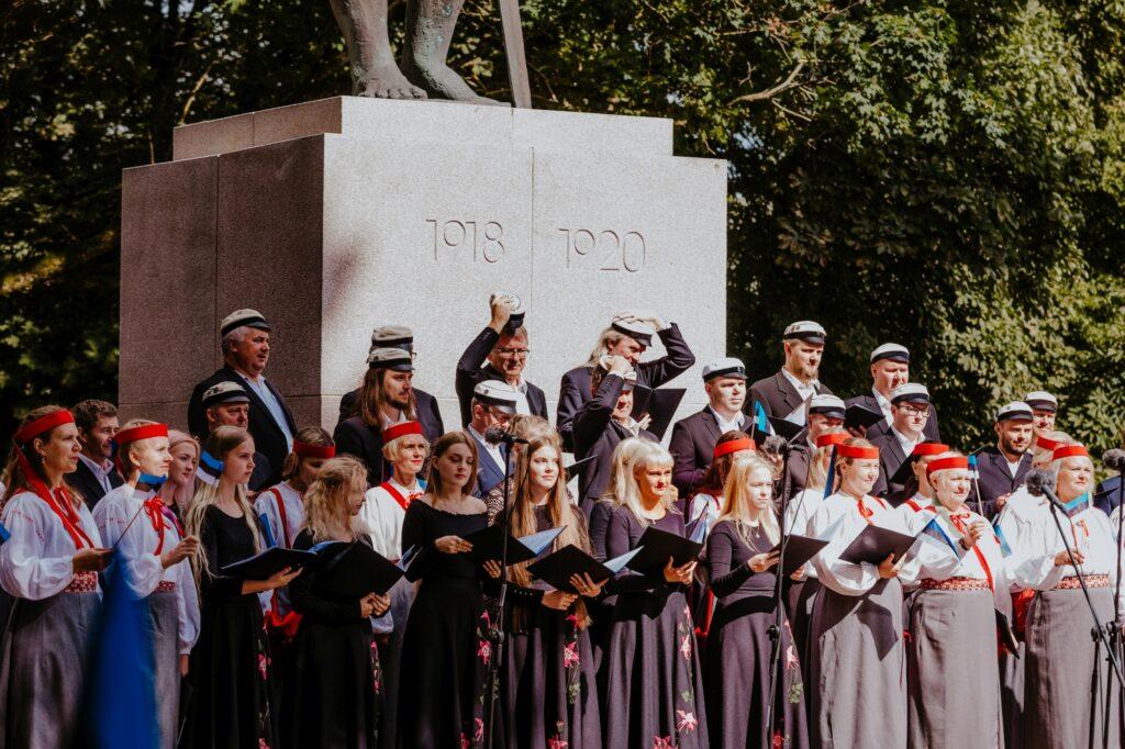 20. august 2021 – EV iseseisvuse taastamise 30. aastapäeva tähistamine vabadussõja mälestussamba Kalevipoeg juures